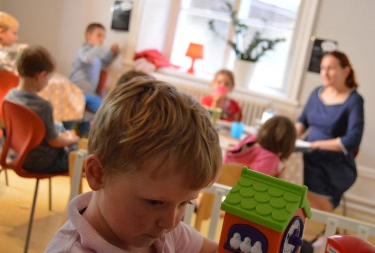 Детское служение 15:30-16:30 каждое воскресенье